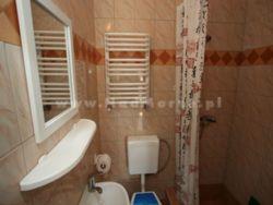 łazienka w pokoju 2 osobowym - zdjęcie pokoju powyżej