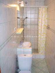 łazienka przy pokoju nr 5