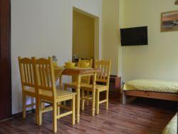 salon w żółtym