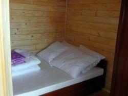 Sypialnia z łożem małżeńskim