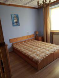 pokój dwuosobowy (dwa łóżka złączone), piętro domu